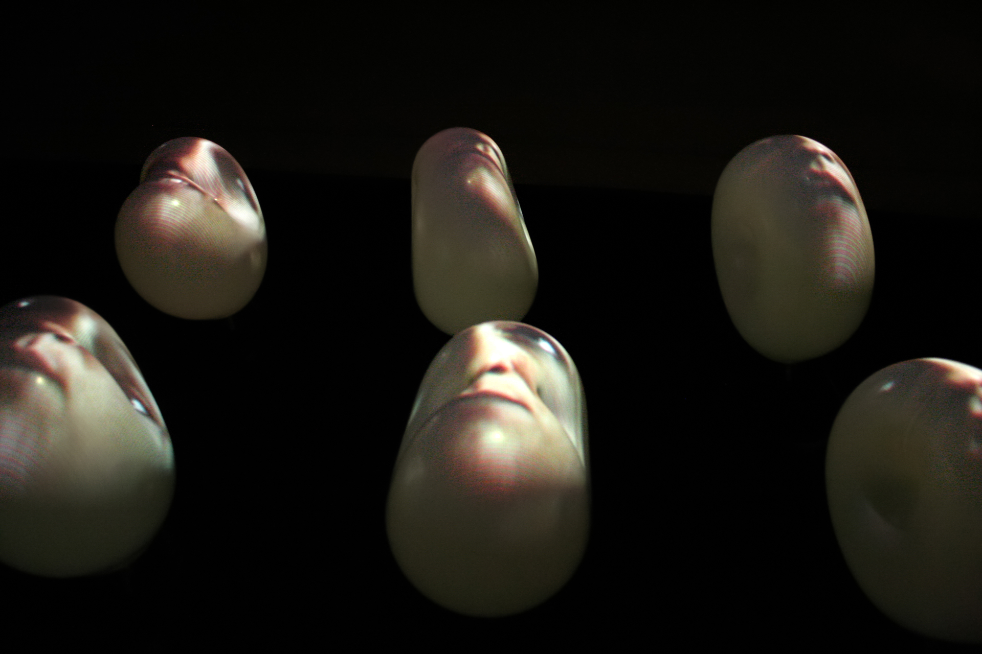 Installation-sculpture-video-griselidis-viviane-riberaigua-2w